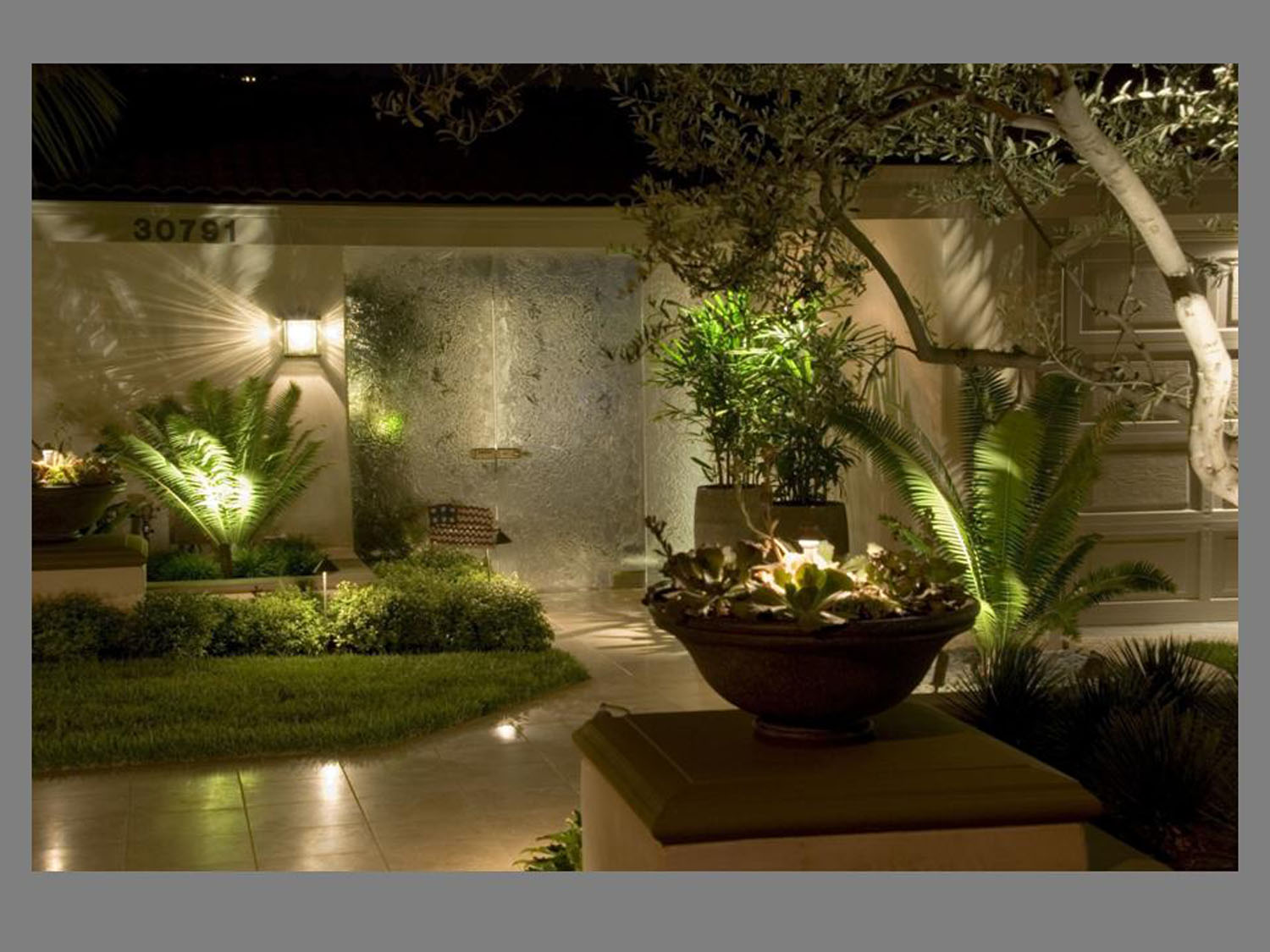 Low Voltage Landscape Lighting Design Instalation