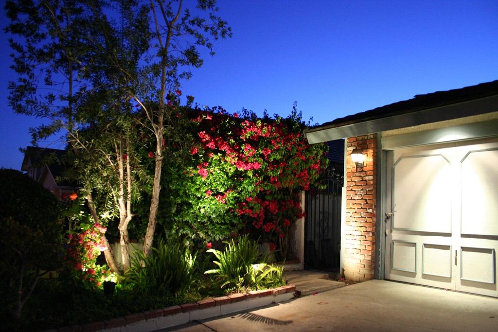 Low Voltage Lighting Repairs Landscape Lighting Repairs In Orange County Outdoor Lighting Repairs In