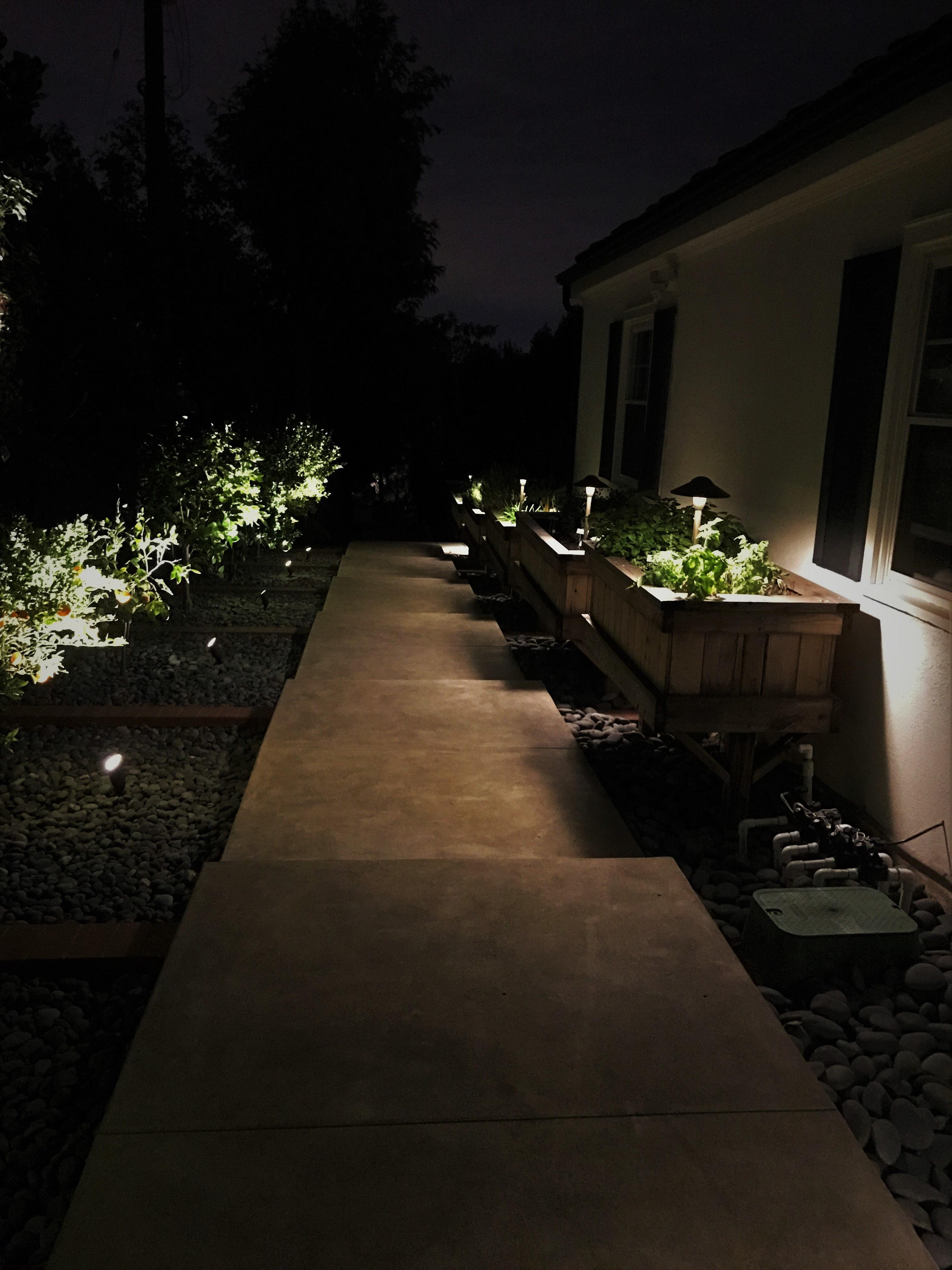 Pot Lighting 12